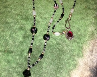 Sterling Silver Black & White Glass Beaded Necklace 1970's 14.1 Grams