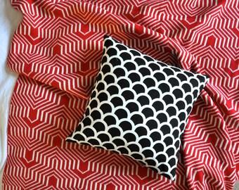 Geometric Cushion Cover, Throw Pillow Cover, Throw Cushion Cover, Decorative Cushion Cover, Decorative Pillow - Black & White Semi Circles