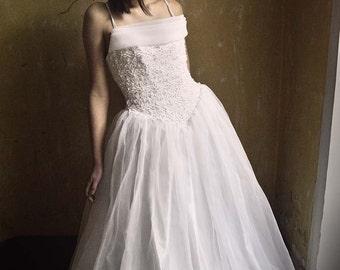 Vintage wedding dress Full skirt  Beaded embroidered top, tulle Full Skirt bridal Princess dress size S M, straps, medieval waistline