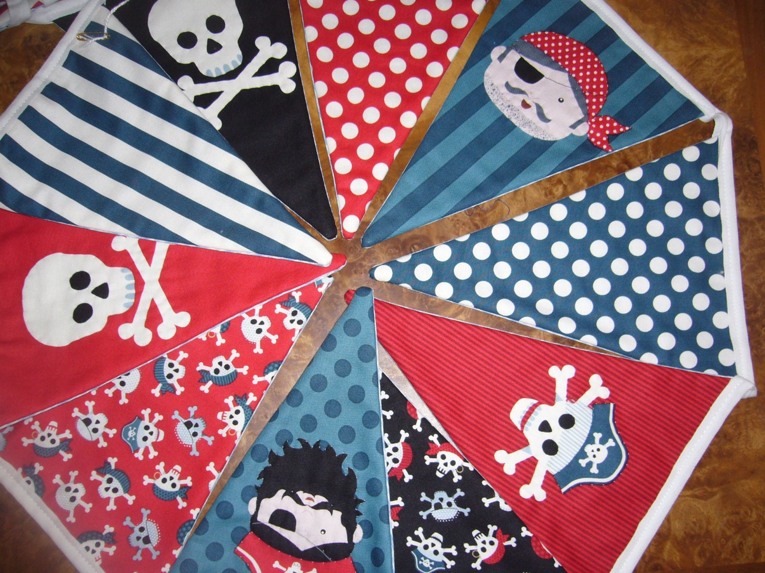 Hand Quilted Pirate Theme Fabric Bunting. Skull & Crossbones