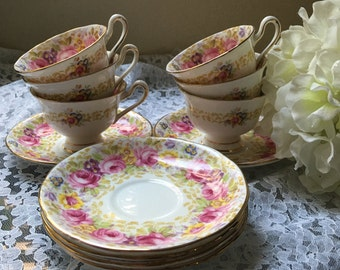 Beautiful Royal Albert Serena - Set of 6 cups and saucers