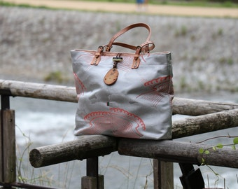 Silver silk shoulder bag / Road goes up through the clouds