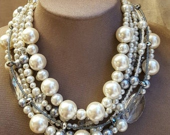 Chunky ivory pearl crystal statement necklace,chunky bridal necklace,trending necklace,multistrand pearl choker,boho wedding necklace