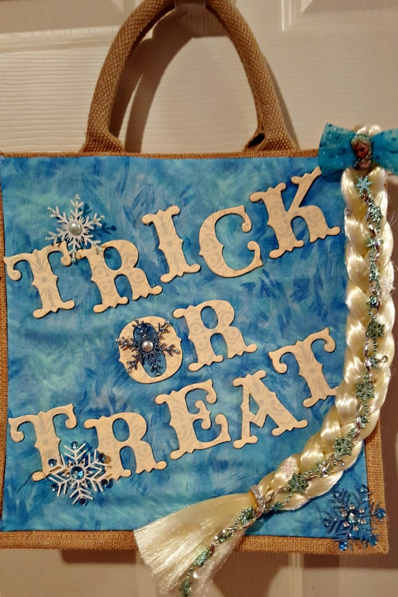 Frozen themed trick or treating bag