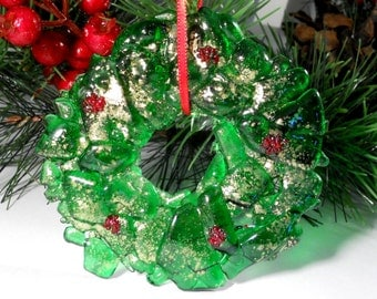 Recycled Bottle Christmas Ornament or Suncatcher, Fused Glass Green Wreath