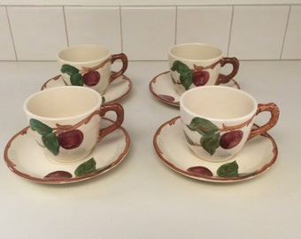 Vintage Franciscan Apple Tea Coffee Cups with Saucers. Set of 4