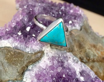 Sterling Silver Kingman Turquoise Ring Size 7