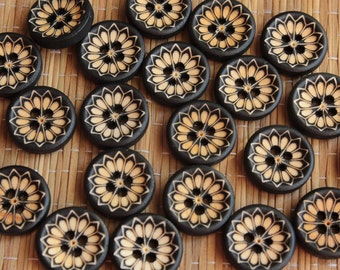 Wooden buttons with a pattern