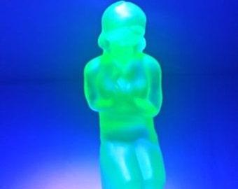 SALE Sowerby Uranium Glass Stump Lady