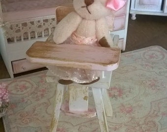 Miniature dollhouse miniature baby-HIGHCHAIR
