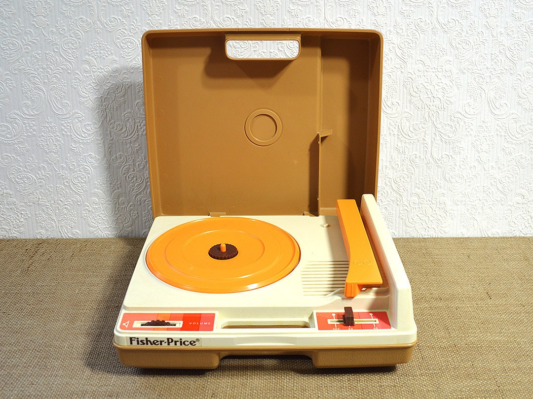 fisher price record player working 1970s portable turntable. Black Bedroom Furniture Sets. Home Design Ideas