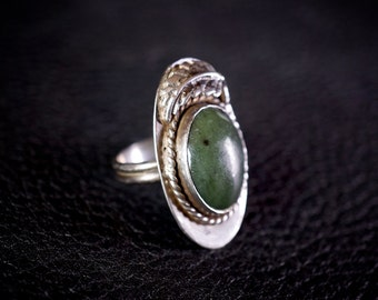 Vintage Navajo Silver & Green Turquoise  Ring