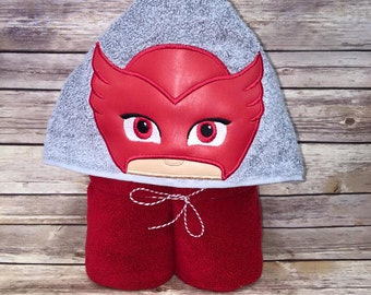 Red PJ Mask Owlette Childs Hooded Towel