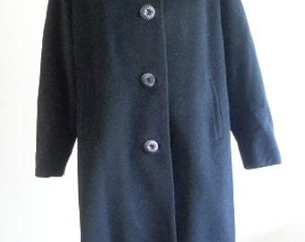 Vintage Ladies Jacobson's Coat.