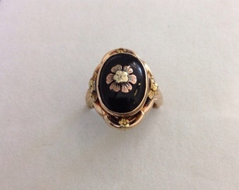 Vintage Rose Gold and Black Onyx Flower Ring