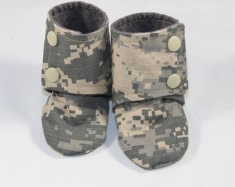 Brave Boots, cloth booties, baby booties, soft soled shoes, baby footwear, cloth moccasins, child shoes, cameo, army