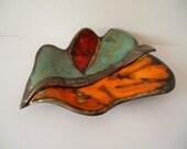 Home decor leaf plate, organic shaped ceramic art plate, green, orange, red. Table centerpiece, decorative plate, designers plate