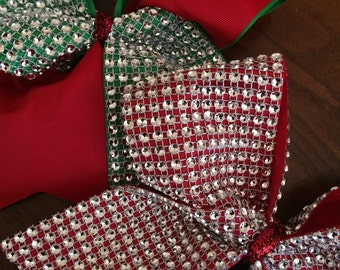 Red and green cheer bows lot of 2