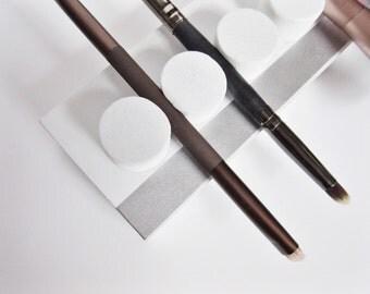 White Cushion Makeup Brush Holder