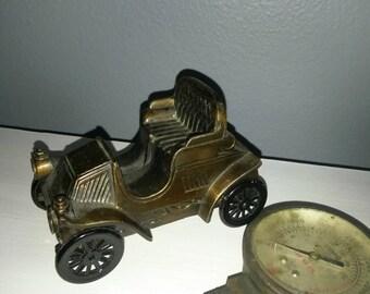 Vintage automobile bank