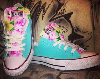Custom painted converse chucks allstars Flowers pink