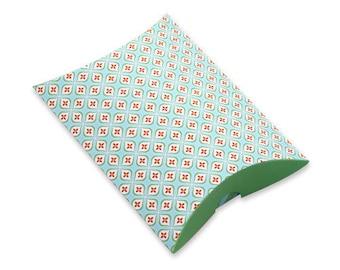5 x Pillow Boxes / Modern Floral Leaf Pattern