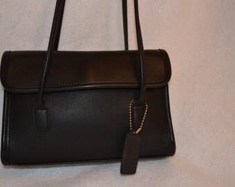 Vintage Coach LAURIE Black Leather 9032 Shoulder Flap/Snap Closure Purse USA!