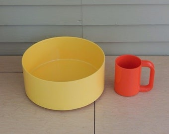 Heller vignelli  -Large Yellow Serving Bowl -Massimo Vignelli