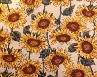 3 yds daisy Fabric by Hoffman