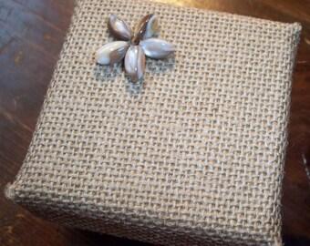 Gift Box - Burlap & Shells - Trinket Box