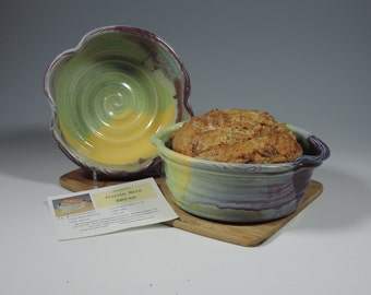 Bread Pot w/recipes