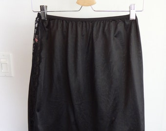 Vintage black skirt slip with lace detail