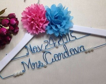 Personalized Wedding Hanger with Date,Deluxe Custom Bride Hanger, Bridal Hanger,Name Hanger,Bridesmaid Hanger,gift,Mother hanger,Flower girl