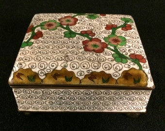 Antique Chinese Cloisonné Hinged Box White with Flowers