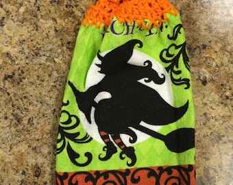 Halloween hanging dishtowel with crocheted top for easy hanging