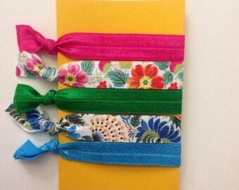 Floral emi-jay pack