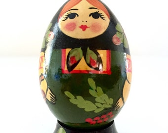 Holly Berry Maidens Nesting Doll Egg with Stand, Solid Detailed Floral Wooden Matryoshka Doll, Miniature Kitschy Holiday Gift!