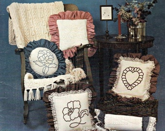 Colonial Twilling Patterns Book, Embroidery Stitches, Appliqué Designs, Embroidery Patterns, Hand Embroidery, Cross Stitch Pattern