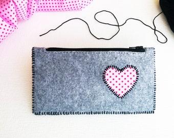 Felt pouch, Pencil case, Cosmetic bag, Felt purse, Coin purse, Felt wallet, Makeup bag, School etui, Polka dot, Pennenetui, Grey felt clutch