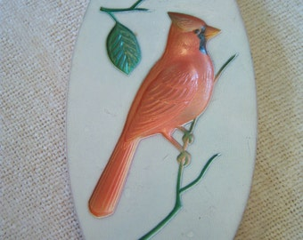 Chalk ware cardinal plaque/Retro plaque/1960s plaque/Wall hanging/Shabby chic/Cottage chic