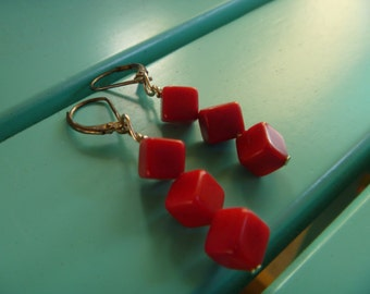 Red retro cube earrings