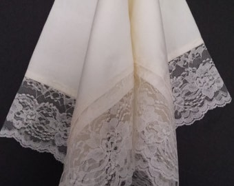 Beautiful Off White Church Lap Scarf with Off White Lace