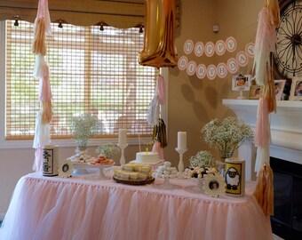 1st Birthday Balloon Set // Giant 36 inch Balloon Tassels // Gold Number One Balloon // 1st Birthday Decorations // Baby Girl