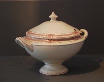 French vintage soup dish or tureen with lid in pretty white ceramics with pink decor. Romantic French vintage dining.