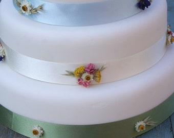 Festival Meadow Dried Flower Cake Ribbons