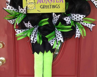 Monster Greetings wreath. Frank wreath. Frankenstein wreath. Frankenstein decor. Monster wreath. Ready to ship!