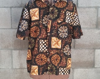 Vintage Hawaiian Polynesian Shirt with Wooden Buttons