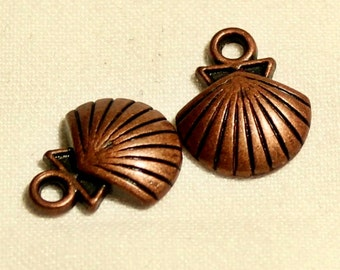 10pc Antique copper sea shell charm 16mm x 20mm
