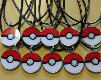 Lot of 10 necklaces party favors Pokemom Go Pokeball