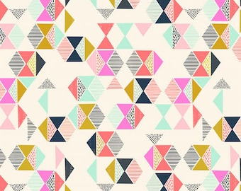 Geometric Print Cotton Fabric, Quilting and Patchwork Fabric - Fat Quarter